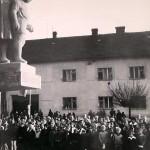 1960: Odhalení památníku
