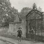 ?: zahradník A. Lipner s dcerou Dobromilou
